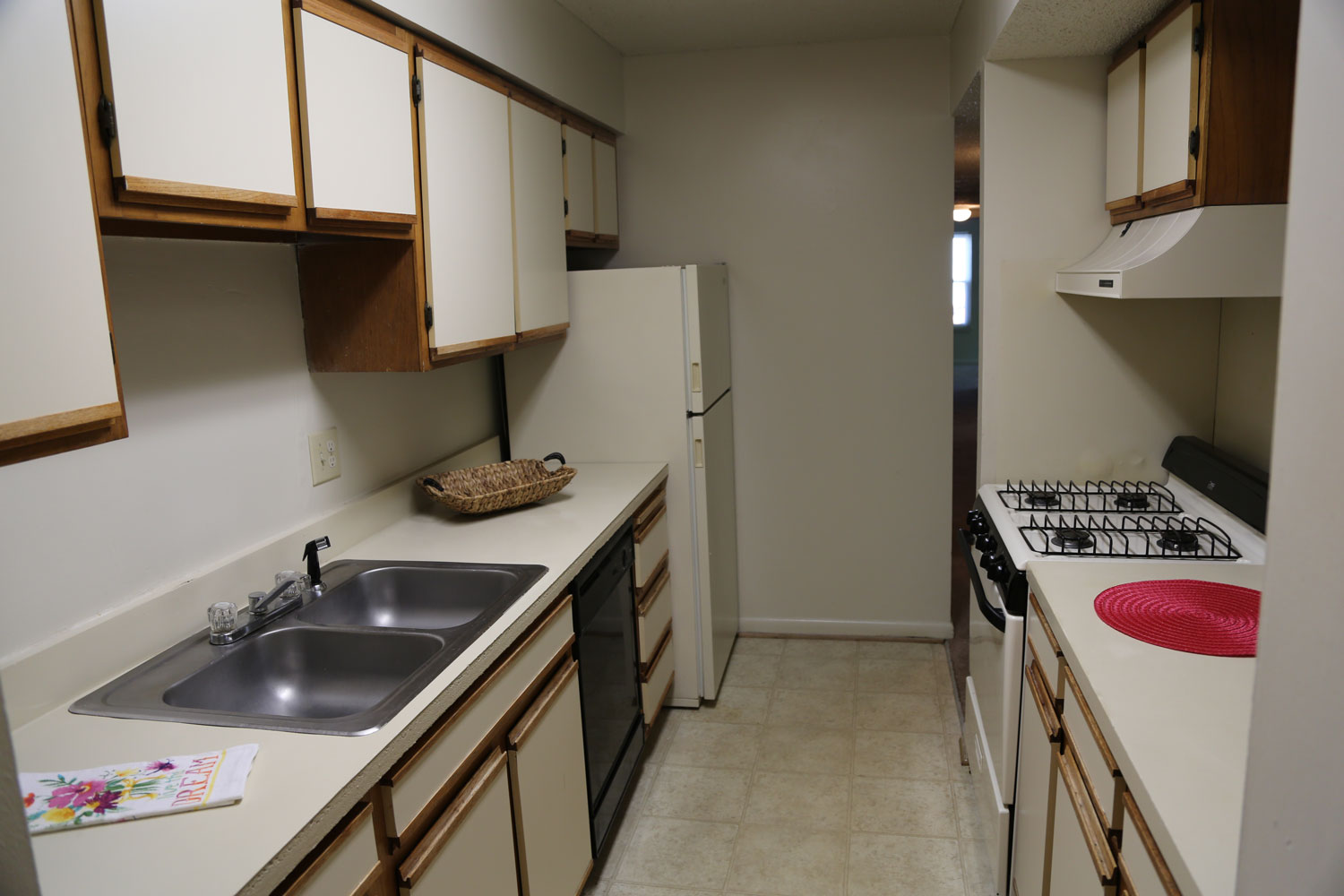 Laurel Pines Apartments For Rent in Richmond VA East End