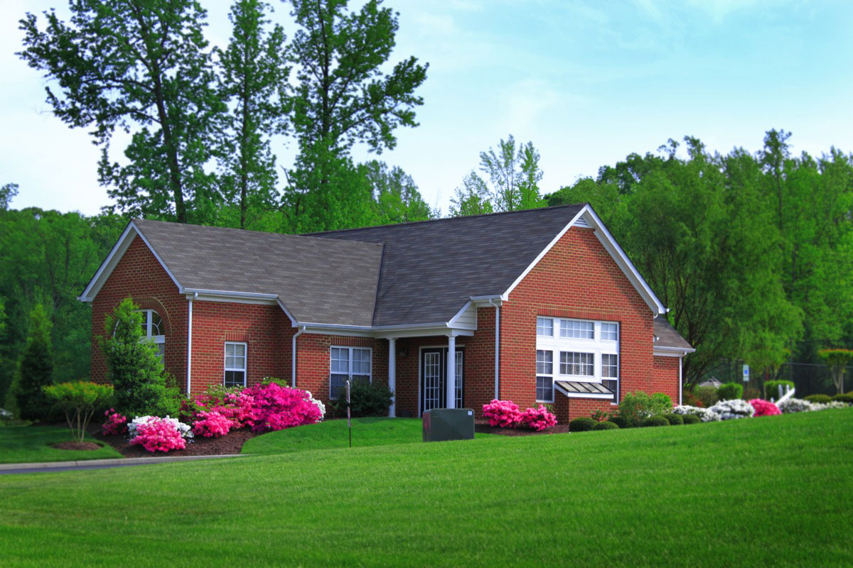 enon senior singles Cedargate apartments (enon) it's easy to feel at home in our comfortable, single story apartments with no neighbors above or below you and the cushion of double-wall construction, your.